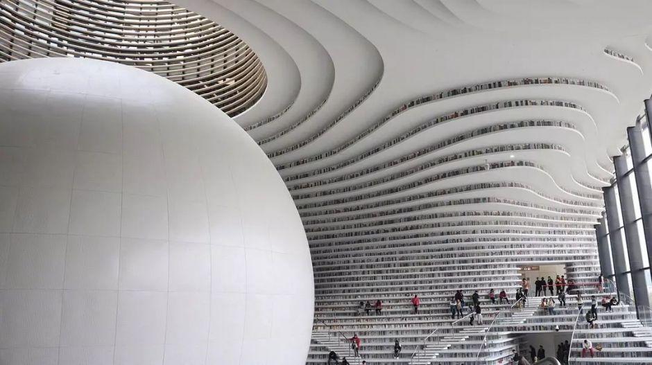 《公共图书馆法》出台 国内这些图书馆美到你想不到