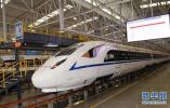 复兴号首次开进西南 中欧班列将改经兰渝铁路