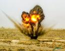场面震撼!炮兵某旅在戈壁滩开展实战化训练