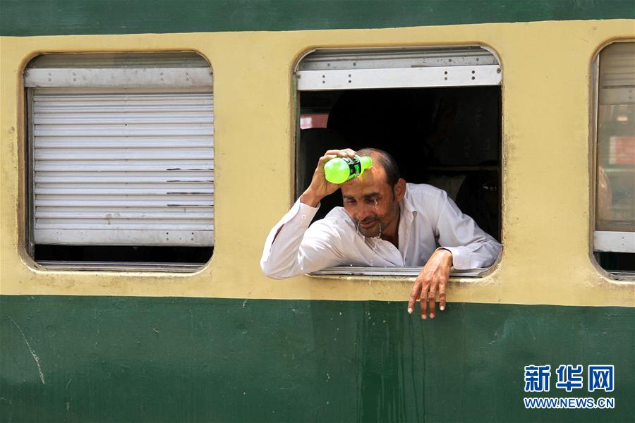 卡拉奇遭遇高温天气