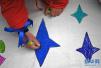 多处游泳馆拒绝自闭症儿童 星星的孩子盼一方泳池