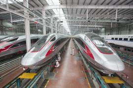 中国高铁驶向世界最高舞台