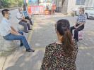 驿城区城市管理服务中心:党委会开到疫情防控志愿服务点