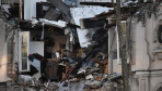 法国一处房屋因煤气泄漏爆炸 两层楼倒塌5人受伤