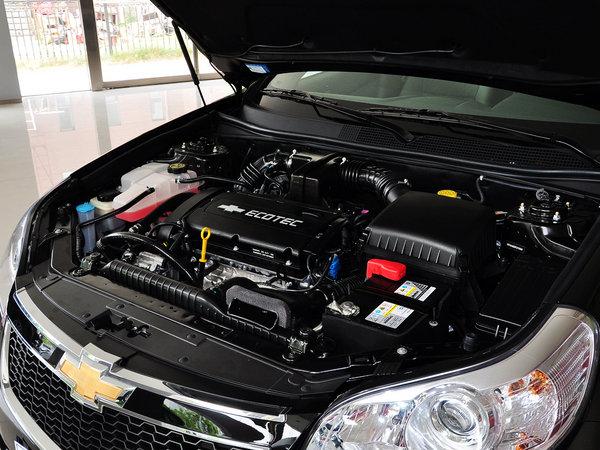 雪佛兰  1.8L 手动 发动机主体特写