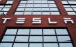 Tesla完全自动驾驶 彻底解放人类还是大跃进?
