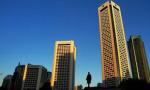 """""""堵死炒房""""的楼市新政一个接一个 南京会跟进吗?"""