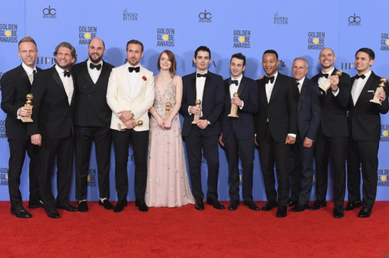 《爱乐之城》/第74届金球奖颁奖典礼新闻发布室《爱乐之城》演员及工作人员...