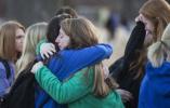 采访校园枪击案 美国女记者发现儿子竟是枪手