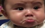 1岁宝宝被妈妈训斥,想不到宝宝的反应,让妈妈心都碎了,太萌了