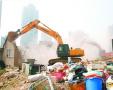 青岛强行拆除120处违建房 老楼院秒变带庭院别墅区