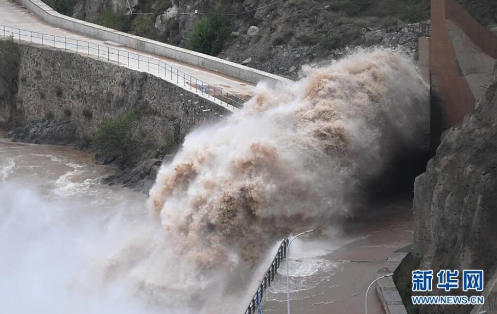 刘家峡水库排沙泄洪