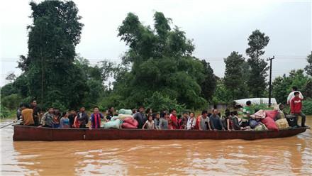 老挝南部水电站溃坝