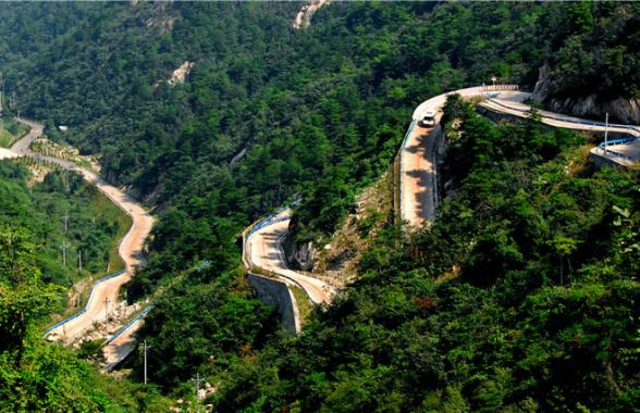 河南新县:铺就幸福路  加力全域游