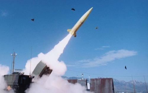 韩媒:韩拟开发800千米射程导弹将覆盖朝全境