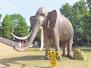 开封公园大象雕塑 五一假期人流多竟遭拔牙