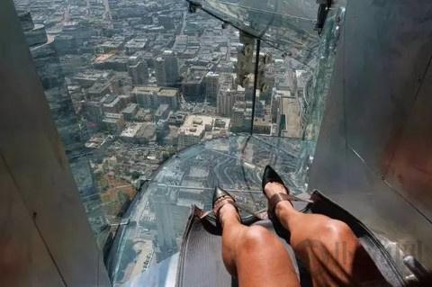 洛杉矶透明玻璃滑梯,勇士的游戏你敢来吗?