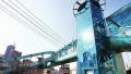 高大上!济南首例过街天桥垂直电梯安装到位