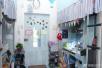 组图:川大浪漫女生寝室走红 门上贴王俊凯照片