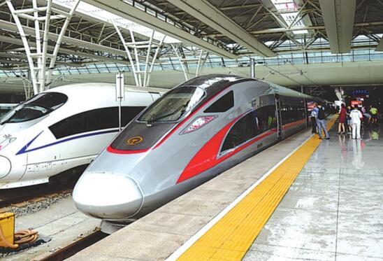 复兴号 列车开到广州啦 市民可购票了