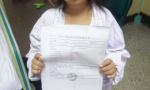 19岁少女身高1.2米貌似幼童 无法查出病因不能上学