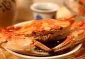 秋吃螃蟹宜配藕 痛风患者肠胃病患者需谨慎