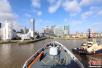中国海军护航舰队首抵英国伦敦访问 舰艇将开放