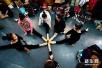 山东省艺术统考将在1月7日举行 备考学生日夜练画
