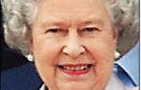 英女王一身粉嫩出席最爱的切尔西花展 发型竟然60多年不变