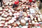 南京女生一次性收到618个包裹,全校轰动 原因是...