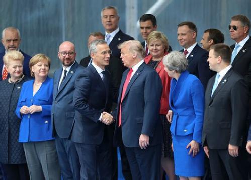 北约峰会:压力之下的成果掩盖不住裂痕