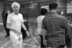 新加坡總理李顯龍長子遭偷拍 身患白化病曾受自閉症困擾