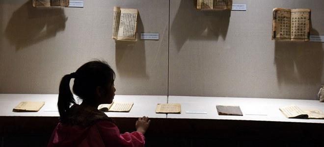 淄博:课本博物馆里忆往昔