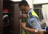 济南巡查交警夜生活:一辆大货车差点碾过我的警车