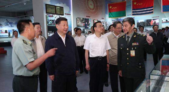 习近平等参观建军90周年主题展览