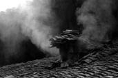 这个摄影人迷上楠溪江老屋烟囱
