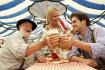 一天喝掉700万升啤酒 酒鬼狂欢节就要开始啦