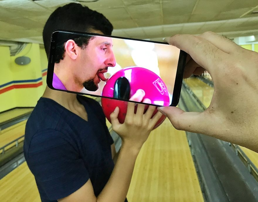 手机画面与现实拼合
