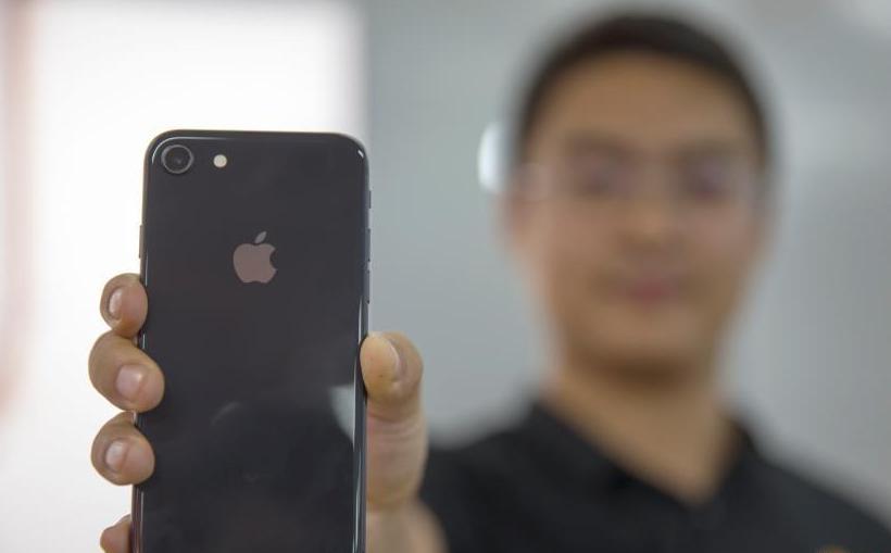 iPhone8明日开售