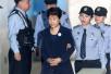 """朴槿惠喊""""政治报复"""" 韩媒:实际上对法庭嗤之以鼻"""