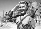 二战苏联红军女兵甜美照