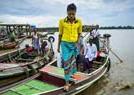 缅甸仰光运河日常