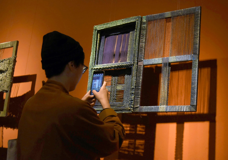 中国美术学院举办万曼纤维艺术展