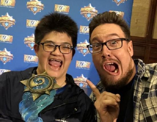 《炉石传说》世界锦标赛中国玩家夺冠 奖金160万!