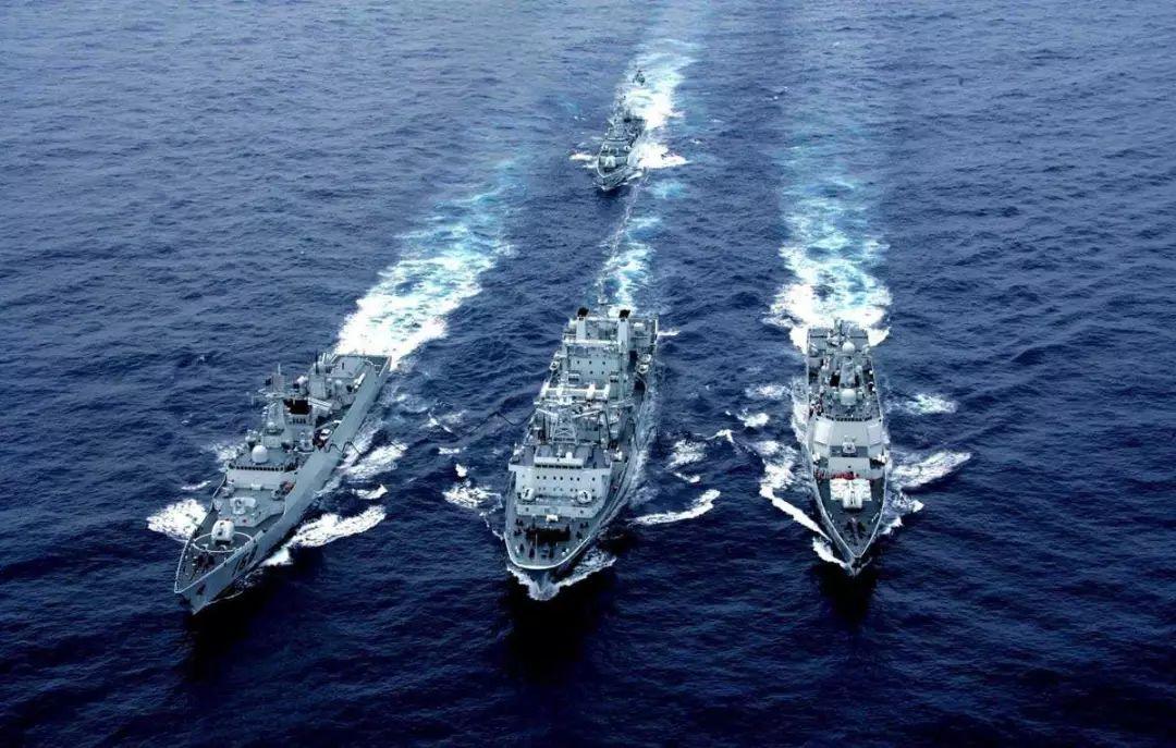 南海军事头条新闻 面对美军舰在南海