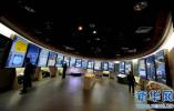 洛杉矶新开自拍博物馆 讲述人类自拍的悠久历史