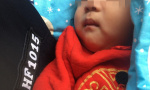 疑因母亲无力养育 济南一女婴被遗弃居民楼