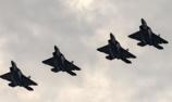 美F-22飞抵波兰参加华沙阅兵