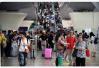 国庆大客流29日下午来到 南京六家客运站将增加1800余辆机动班车