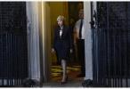 欧盟首席谈判代表:欧盟27国支持英国脱欧协议草案